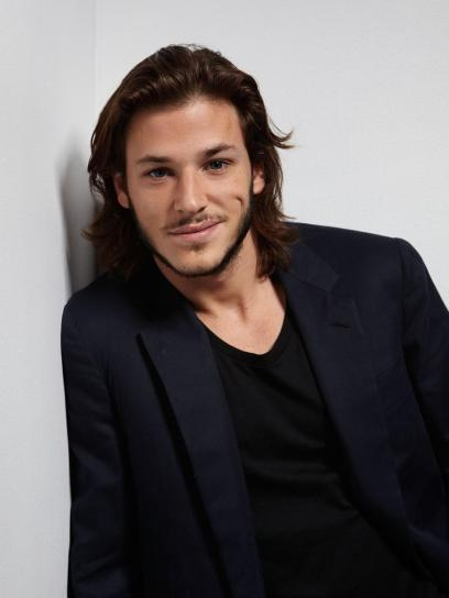 Gaspard Ulliel as Jonathan